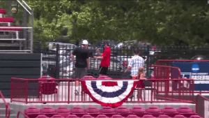 """Watch this young man take a """"selfie-catch"""" at a baseball game"""