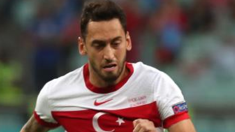 Calhanoglu, with the Turkish national team