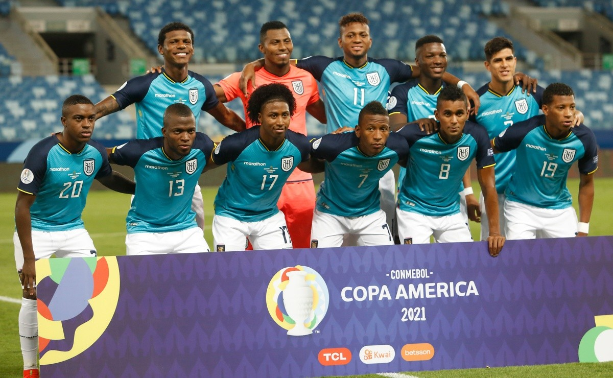 Does the 'Kitu' go? Gustavo Alfaro will give two surprises in the eleven of the 'Tri' against Peru