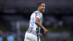 Giovani dos Santos would sign with Chicago Fire from MLS