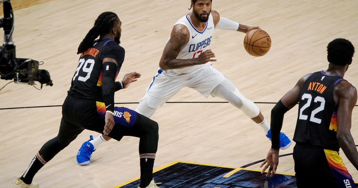 Hand in hand with Paul George, the Clippers stretched the definition