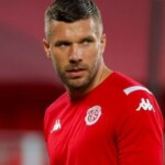 Gallos Withdraws Offer for Podolski; Lukas will be a TV judge on the 'Supertalent' program