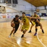 All Boys play the first place in the Federal Basketball