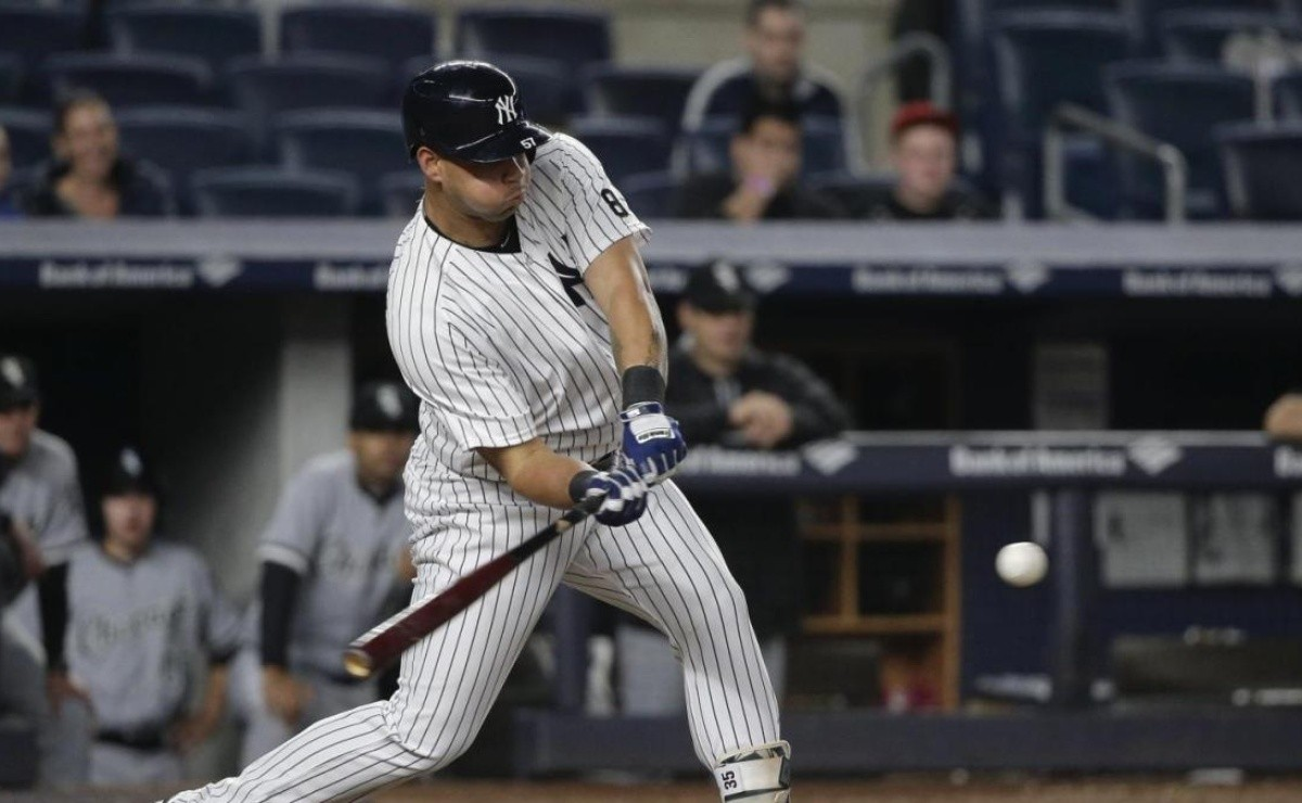 Another Yankees pinch hitter dressed up as a hero against Blue Jays