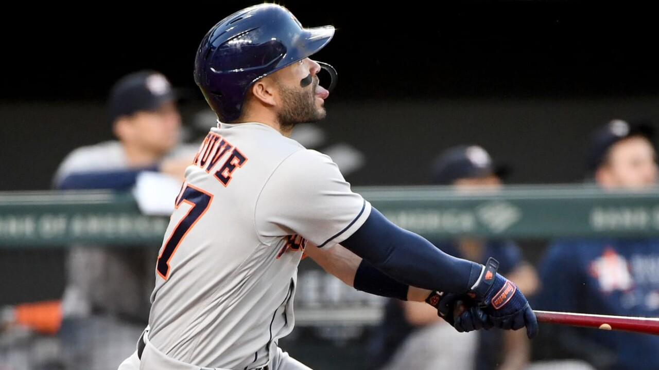Astros' bats exploded against the Orioles