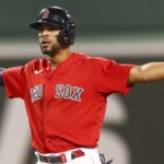 Can Xander Bogaerts sign a $ 30 million a year contract?