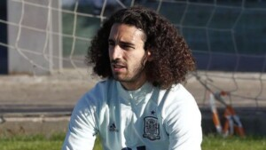 Cucurella undergoes a radical change of look and suffers the trolling of his teammates