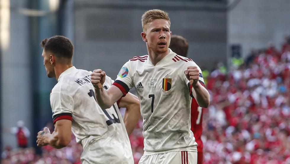 De Bruyne Im proud to be considered a candidate for