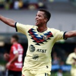 Has Giovani dos Santos' career been successful?