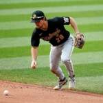MLB: White Sox is after leader in hits and fifth in batting average
