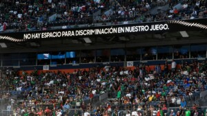 Mexico and a 17-year struggle against the cry that can leave it without a World Cup