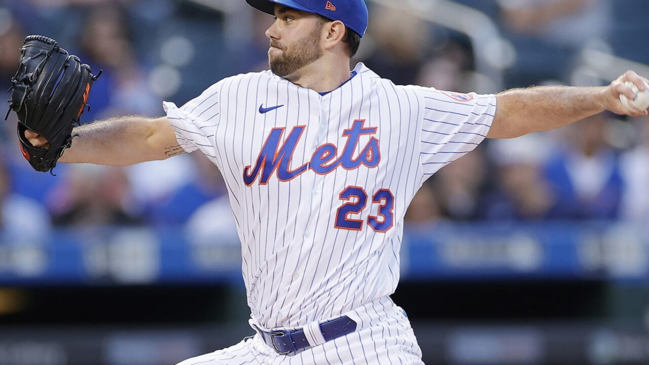 Peterson responds as Mets beat Cubs