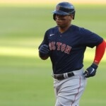 Red Sox thundered to beat Braves