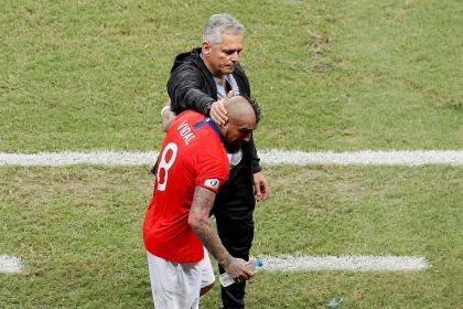 'The teacher endured as long as he could': Vidal backs Reinaldo Rueda