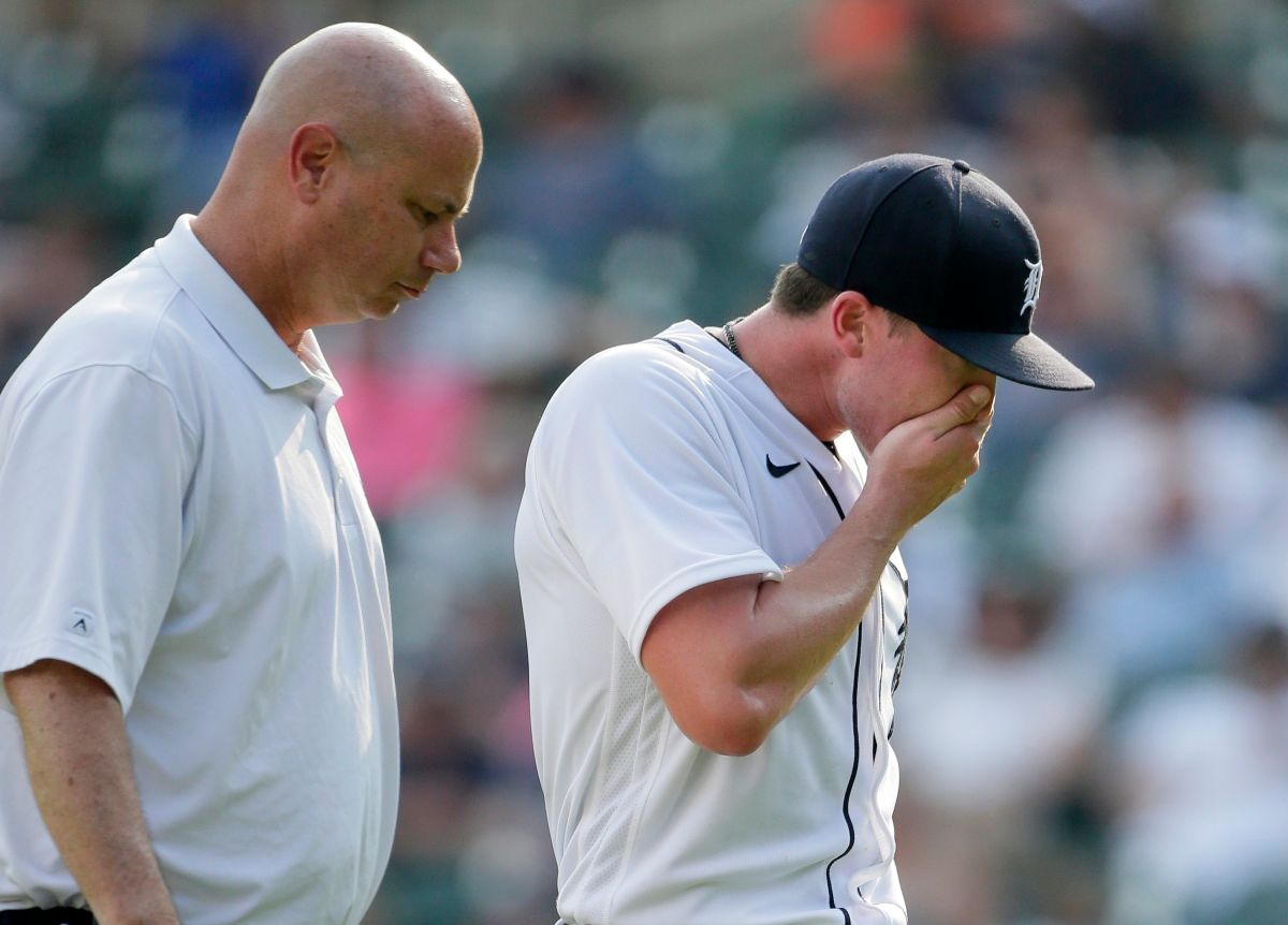 Video: Detroit Tigers pitcher threw up on mound and was sent to Triple-A