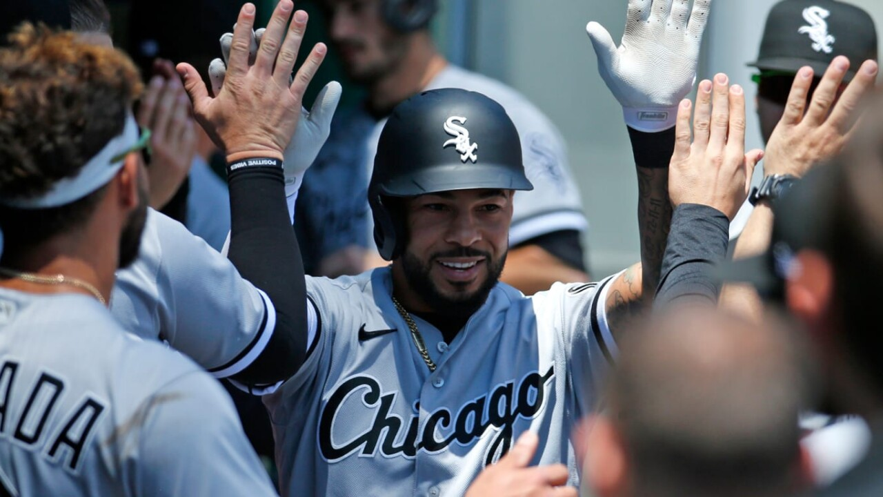 White Sox beat Pirates and come out of the pothole