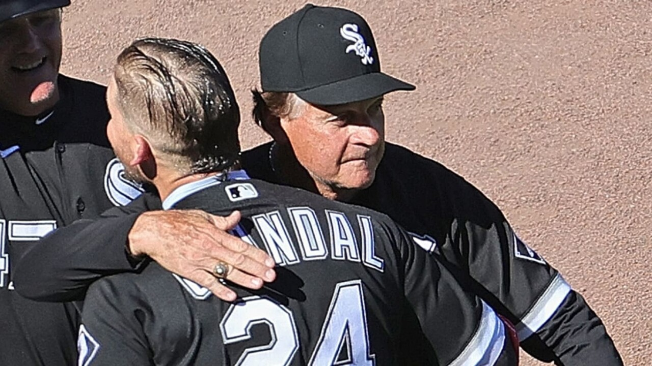 White Sox don't trust each other, despite their record