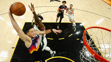 The Suns extended their lead to two wins over the Bukcs