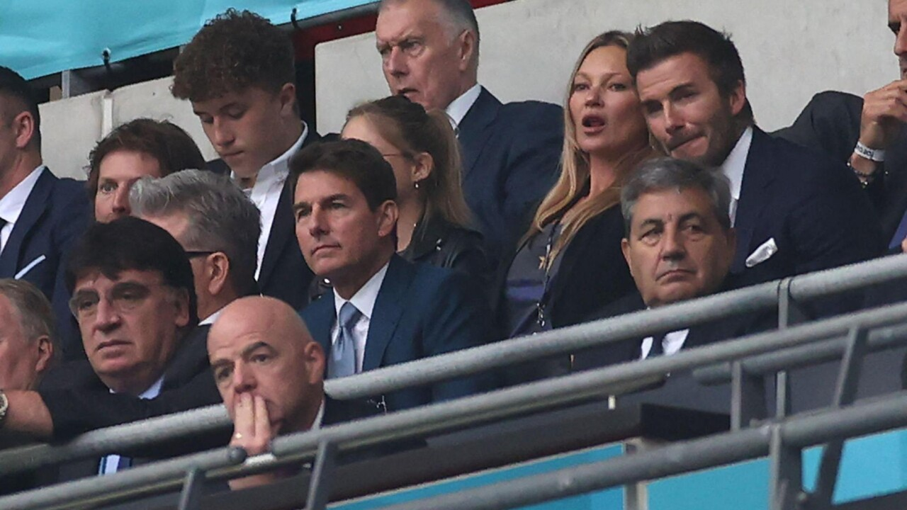Tom Cruise accepted the invitation of his friend David Beckham and went to see the final between England and Italy