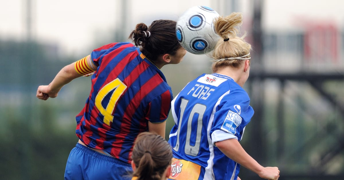 Barcelona womens football team play against RCD Espanyol on April 18, 2010 in Barcelona, Spain.