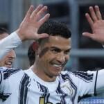 Cristiano Ronaldo, Juventus and Messi's mirror