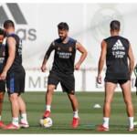 Ancelotti begins to decide