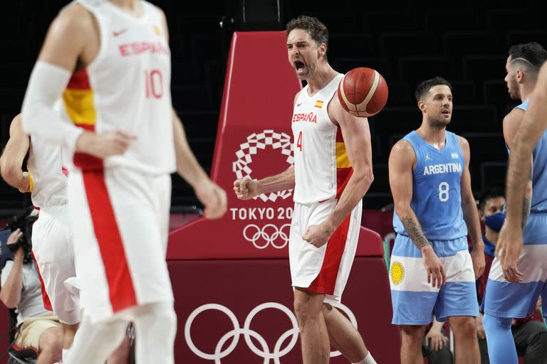 The celebration of Pau Gasol in the face of the impotence of Argentina