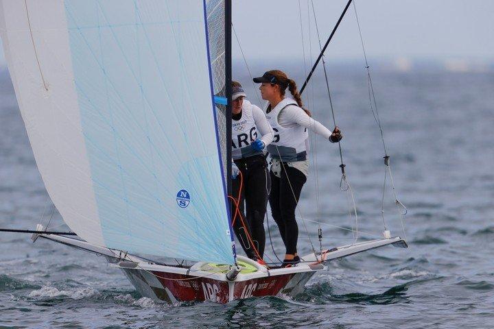 Victoria Travascio and Marina Sol Branz from Argentina compete in the 49er FX- women's sailing skiff. Source: EFE / Lavandeira Jr