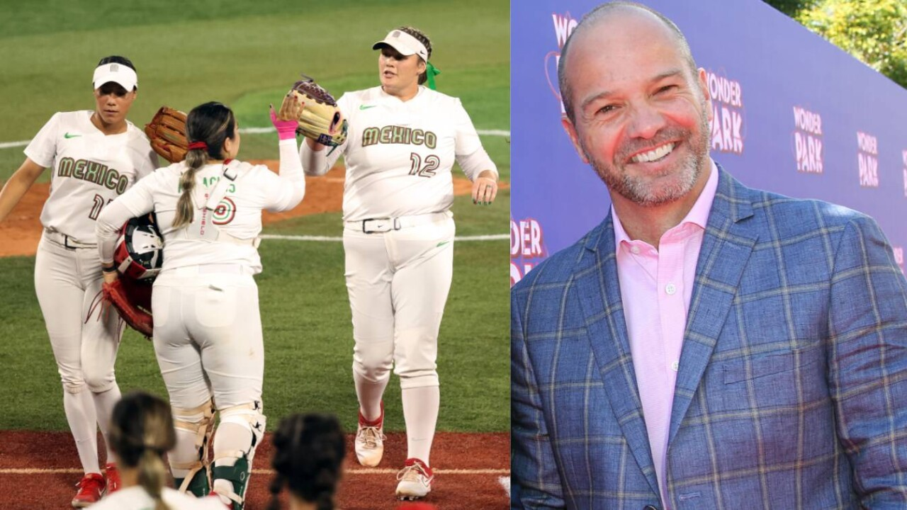 """Luis Garcia's defense of the softball team: """"Let's stop the cheap jingoism, damn it!"""""""
