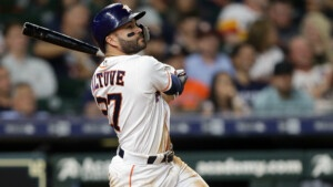 A perfect night for Altuve against the San Francisco Giants