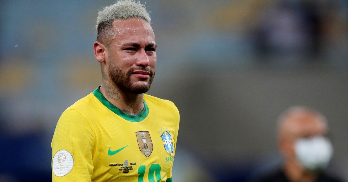 """A Brazilian world champion lashed out at Neymar: """"He's overrated"""""""