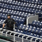 A shooting in the US outside a baseball stadium during a game leaves at least four injured (VIDEO)