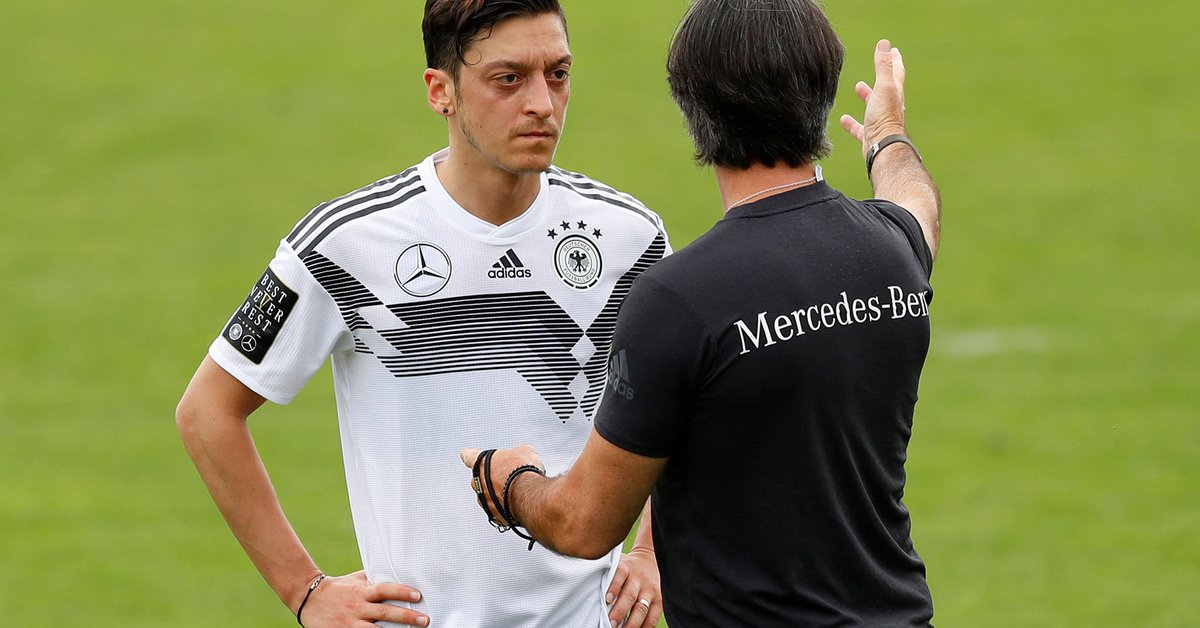"""After 15 years, Joachim Low said goodbye to the German team and opened an old wound: """"The Ozil thing was a tremendous disappointment"""""""