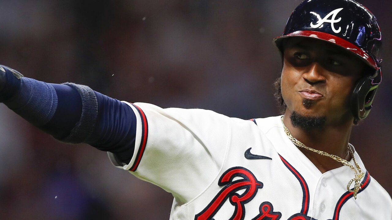 Albies, Braves shred Mets with 20 runs