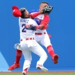 Brutal clash in baseball, players are shocked in Tokyo 2020
