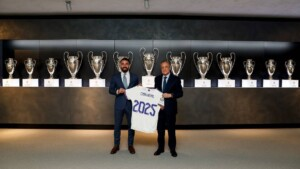 Carvajal renews with Real Madrid until 2025