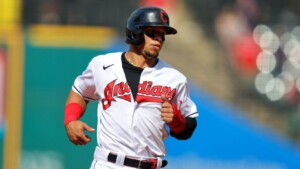 ChiSox bring in changes to 2B Hernandez and LHP Tepera