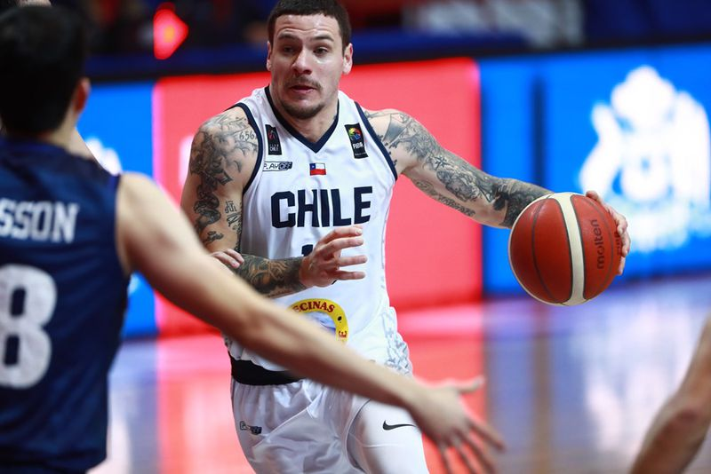 Chile suffers more than necessary to get among the 16