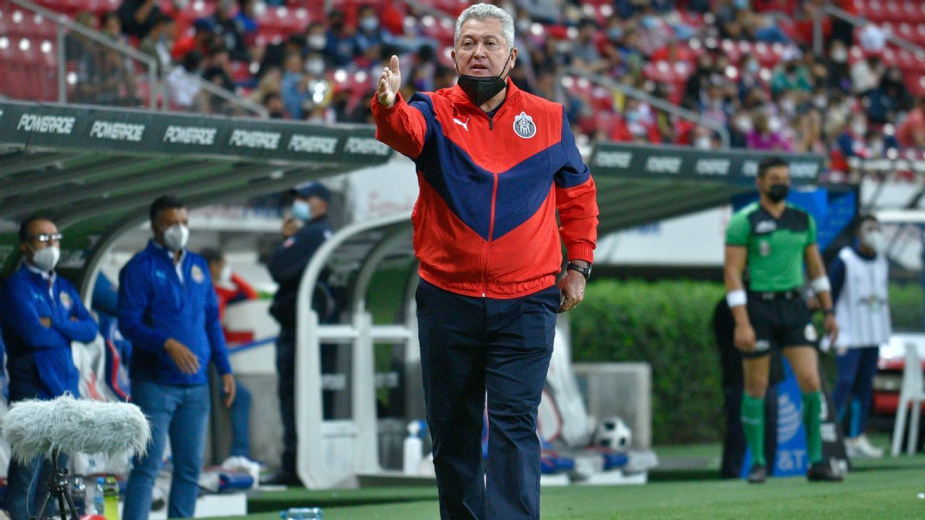 Chivas drags the fixed tactic as an error from past