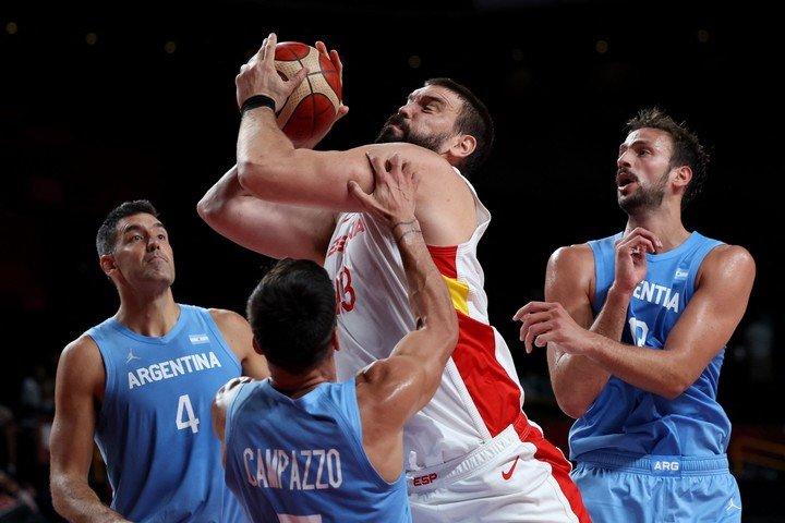 Marc Gasol facing Argentina. (AFP)