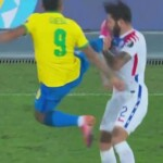 Disqualifying kick to the chest and direct red: the violent action of Gabriel Jesus against Eugenio Mena