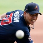 Dodgers and Red Sox fight to the death for Charlie Morton