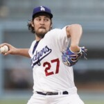 Dodgers players don't want Trevor Bauer back