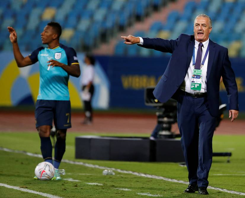Gustavo Alfaro, 'with difficulties' to put together the eleven that faces Argentina | Football | sports