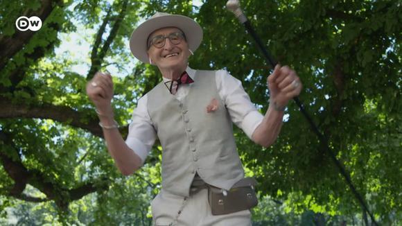 A hipster grandpa