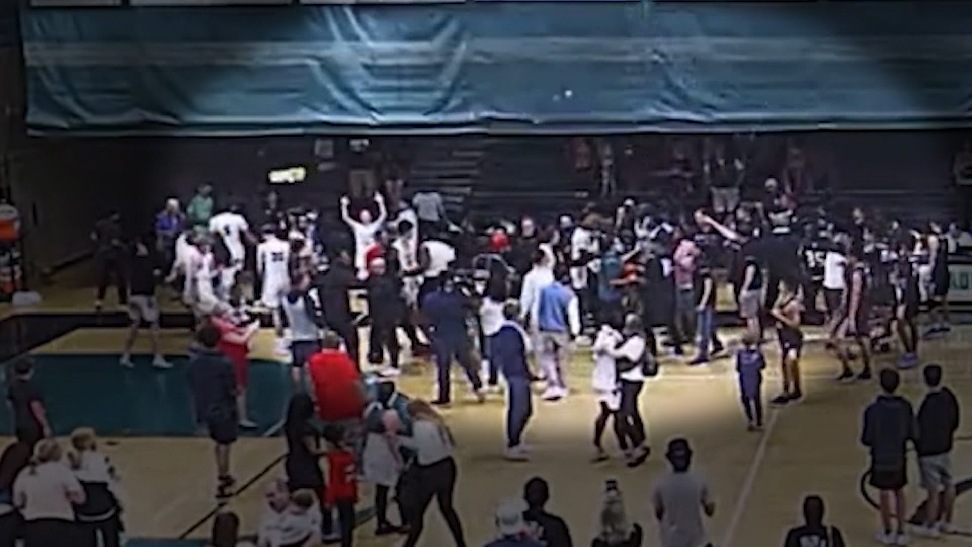 High school basketball championship withdrawn for throwing tortillas at Latino players during tournament