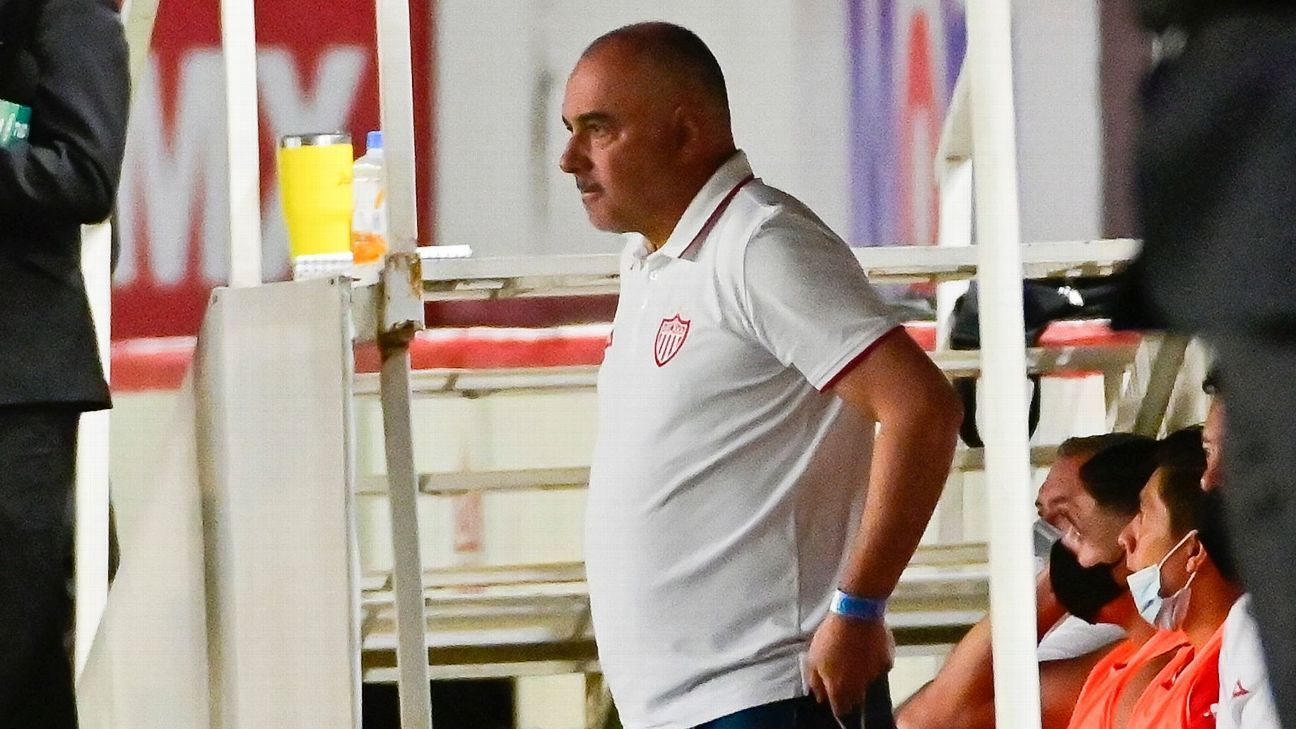 How does Necaxa arrive at the 2021 Apertura of the