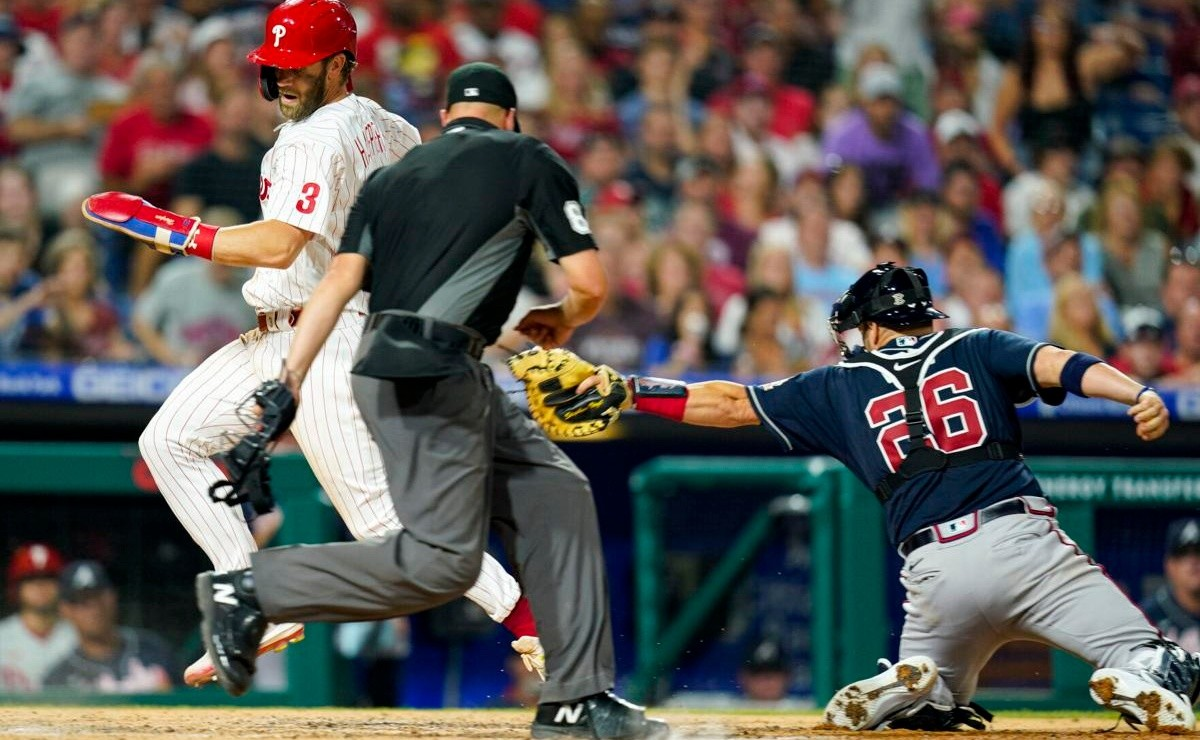 MLB: Flash! Bryce Harper steals second, third ... and home plate for Phillies