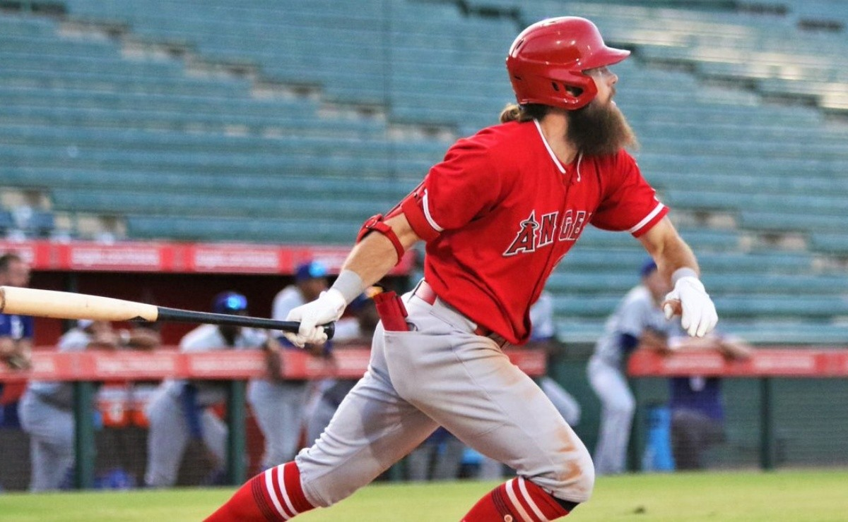 MLB: Girlfriend of Angels number one prospect informs him he's going to GL