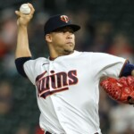 MLB: To the bullpen! Red Sox reinforces relief corps with Hansel Robles and Austin Davis